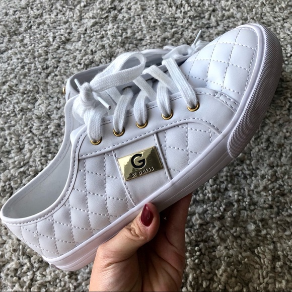 backer lace up sneakers guess